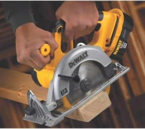 How To Use A Circular Saw For Beginners? 4 Easy Steps
